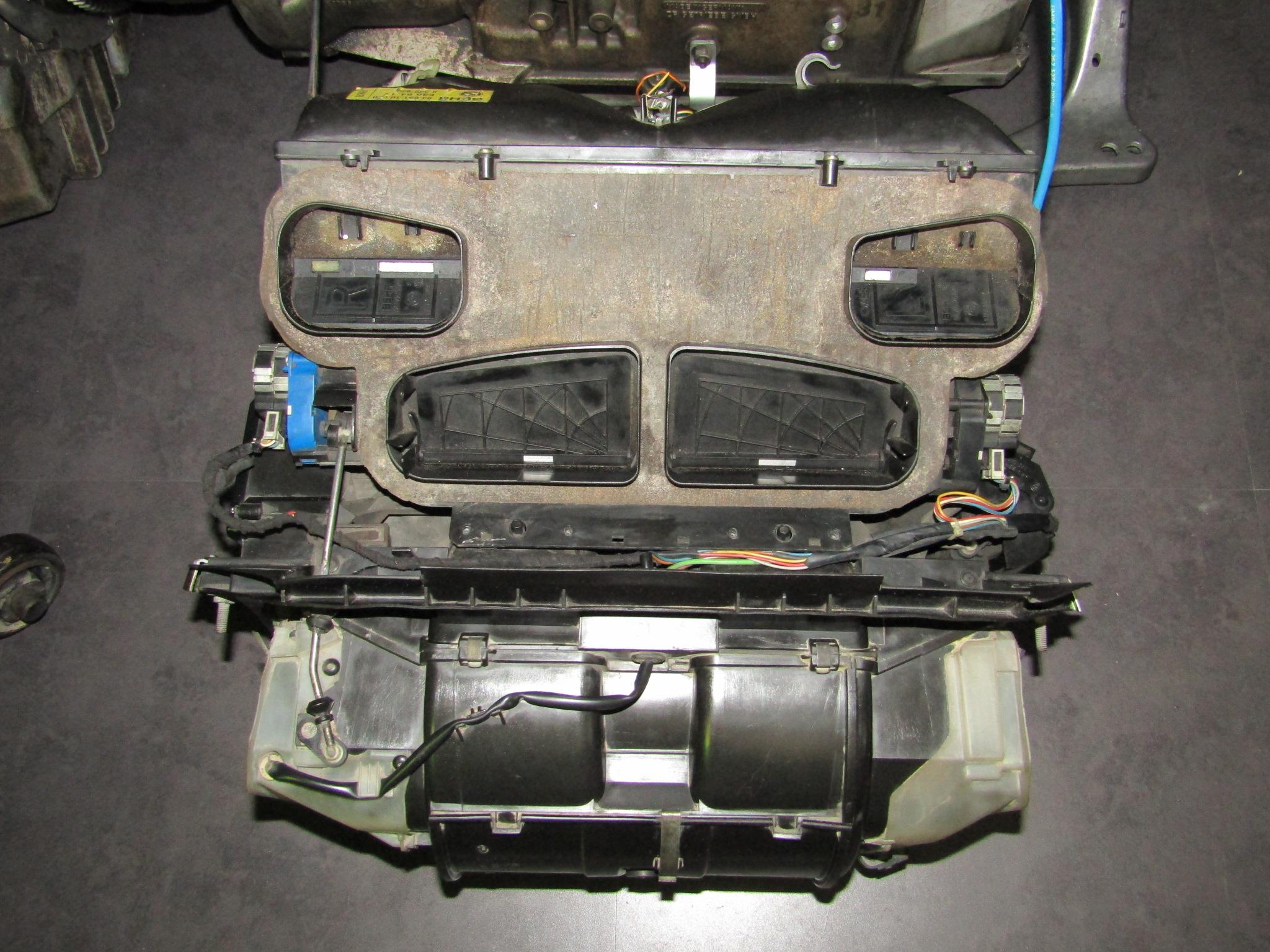 92 93 94 95年bmw宝马325i e36 空调鼓风机蒸发器暖风